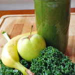 Are you looking for an easy to follow green smoothie recipe? This one is so easy to make and a great way to start your day. | tiaskitchen.com/green-smoothie-recipe-better-health