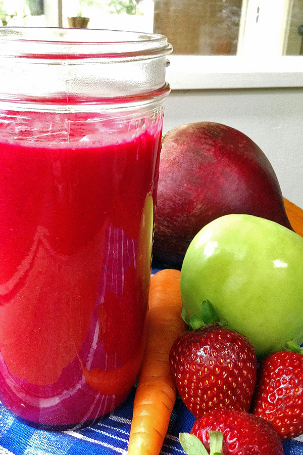 Lots of great nutrition in this yummy Red Smoothie. | tiaskitchen.com