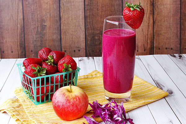 Purple Smoothie is a great way to start the day and get some vitamin K and C. | tiaskitchen.com