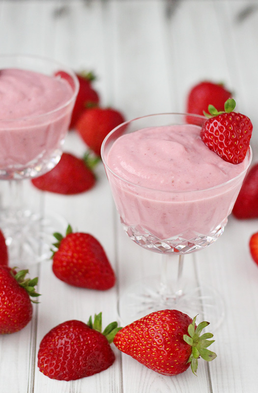 This easy-to-make, Strawberry Pudding is Gluten Free, Dairy Free, Vegan | tiaskitchen.com/strawberry-pudding-recipe-gluten-free-dairy-free-vegan