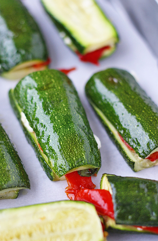 Zucchini and Roasted Red Peppers are tasty and easy to make. Use up the last of that summer zucchini. | tiaskitchen.com/zucchini-roasted-red-peppers-recipe