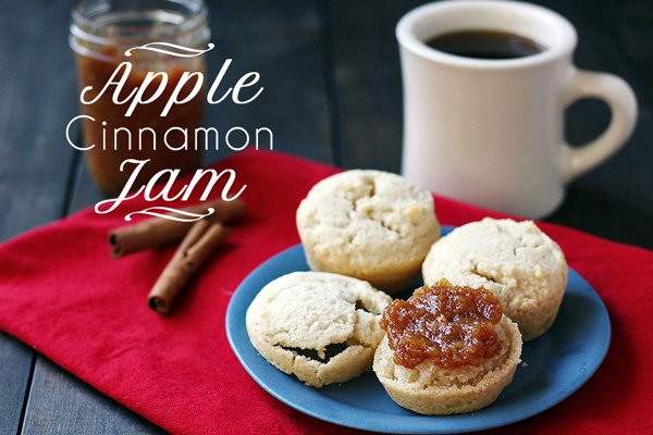 Easy and tasty Apple Jam with Cinnamon (Pectin Free) | tiaskitchen.com/apple-jam-cinnamon-pectin-free