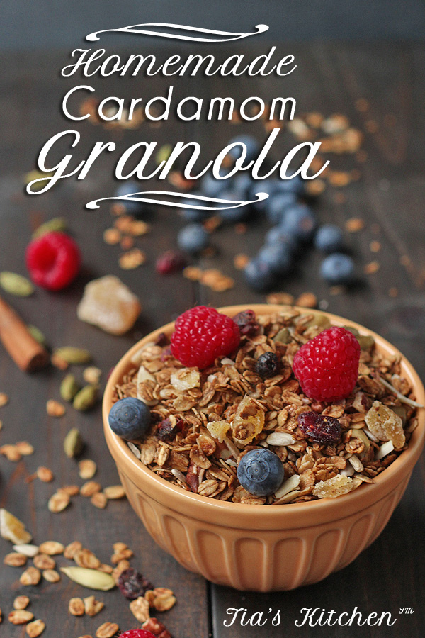 It's so easy to make your own healthy granola. Cheaper , better tasting and healthier than store-bought. | tiaskitchen.com/easy-homemade-granola-recipe-gluten-free-vegan